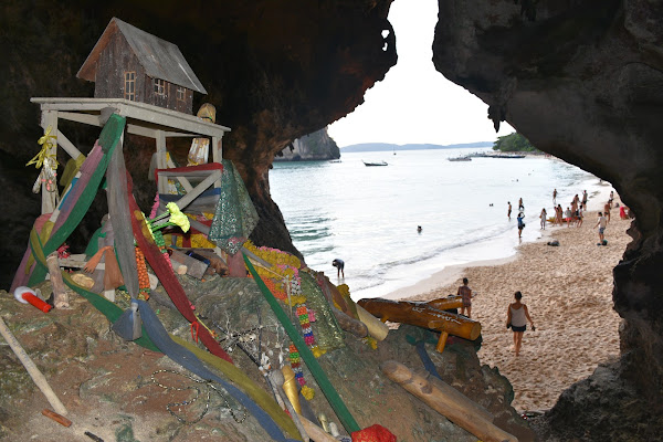 Visit the local fishermen shrine in a cave