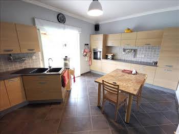 Maison 6 pièces 191 m2