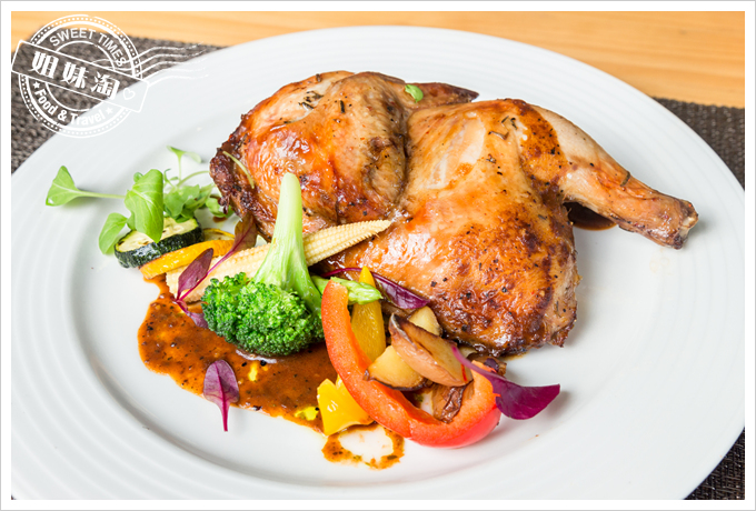 菲.Ra Ra義式餐酒館烤雞