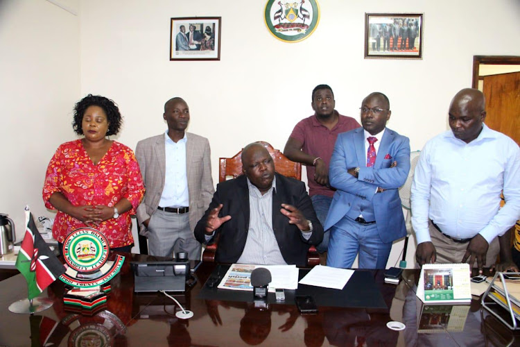 A section Nasa Nairobi MCAs led by Minorty leader Elias Otieno (centre) during a media briefing at City Hall on March 11, 2019.