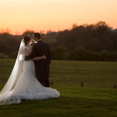 Wedding photographer Graham Emery (GrahamEmery). Photo of 24.04.2017