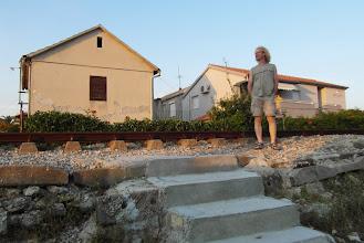 Photo: Takie przejście dla pieszych przez tory tam maja :D. Chorwacja w UE proszę ja Was ;-