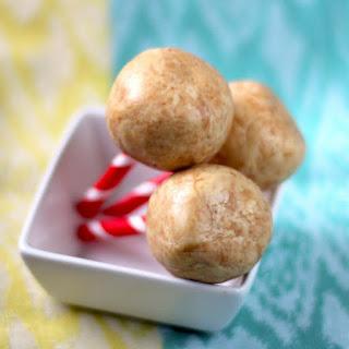 Healthy Peanut Butter Protein Balls (just 3 ingredients!).