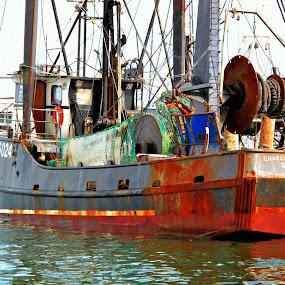 along the coast of Maine by Avram Kaplan - Transportation Boats ( water, device, transportation )