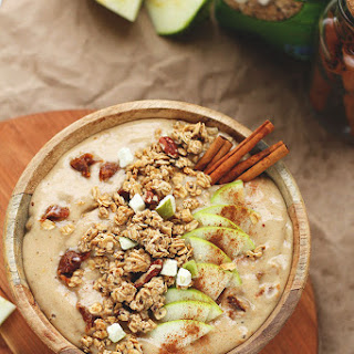 Love Crunch Caramel Apple Smoothie Bowl