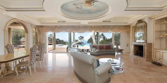 Vente villa 6 pièces 380 m2