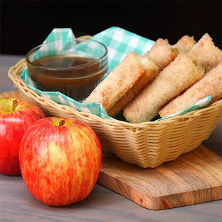 Baked Apple Pie Roll Ups Will Change How You Think About Pie