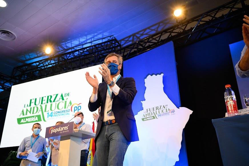 González Terol tras su intervención.