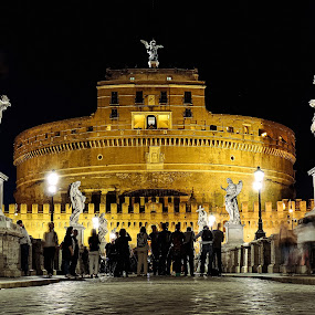 Castel Sant'Angelo, Rome by Simona Savini - Buildings & Architecture Statues & Monuments ( notte, architechture, night lights, architecture, ponte sant'angelo, night shots, roma, italia, night photography, night view, rome, castel sant'angelo, long exposure, night, bridge, longexposure, italy )