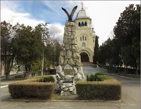 Photo: Turda - Monumentul Aviatorilor si  Catedrala Ortodoxa - 2019.03.11