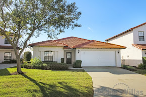 Orlando villa close to Disney, gated community with facilities,south-facing private pool and spa