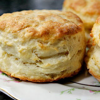 Hot, Crusty Buttermilk Biscuits