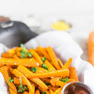 Baked Garlic Carrot Fries