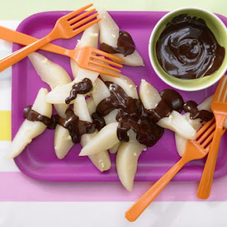 Steamed Pears with Chocolate