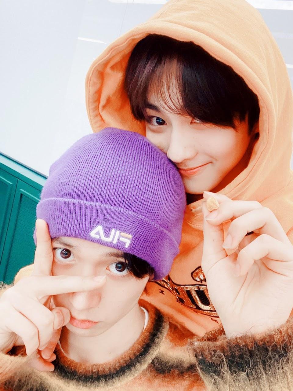 enhypen heeseung jungwon @ENHYPEN_members