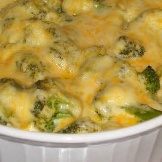 Thanksgiving Broccoli with Cheese Sauce.