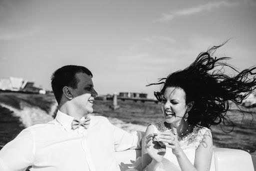 Wedding photographer Yuriy Gusev (yurigusev). Photo of 14.09.2014