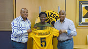 Kaizer Chiefs announce the arrival of another attacking midfielder, Siphelele Ntshangase from Baroka FC