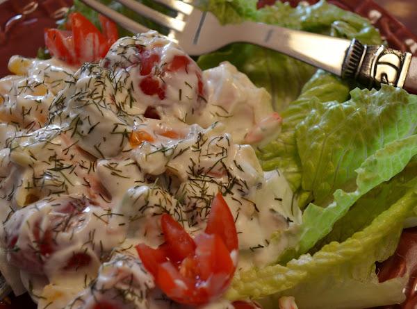 Cool & Creamy Cucumber & Pepper Salad Recipe
