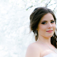 Wedding photographer Alina Averyanova (Adelina). Photo of 15.07.2015