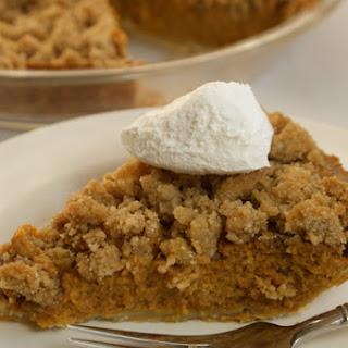 Vanilla Crumble Pumpkin Pie