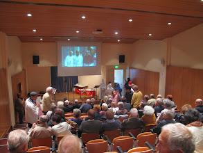Photo: ... la salle est vite pleine...
