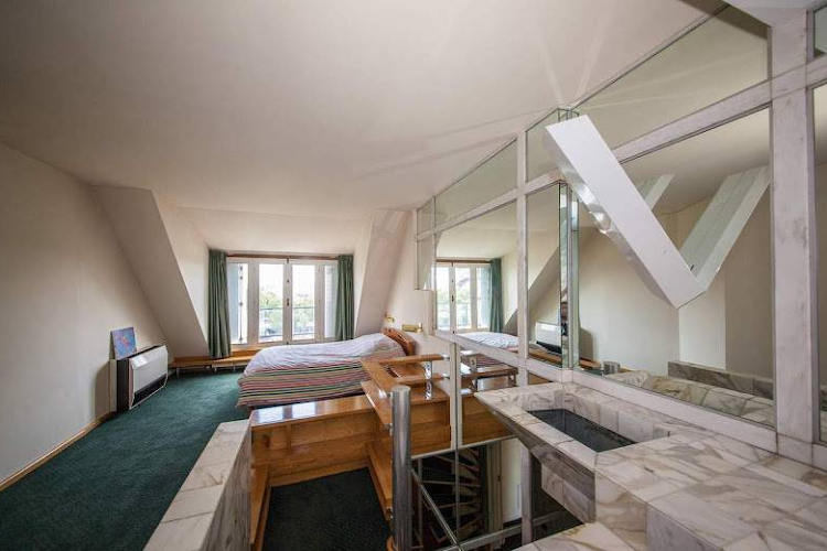 King sized bedroom at 5 bedroom Penthouse with Eiffel Views