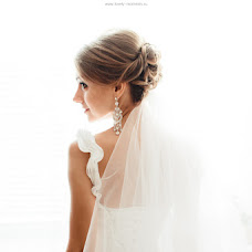 Wedding photographer Artem Dronkin (LovelyMoments). Photo of 03.04.2014