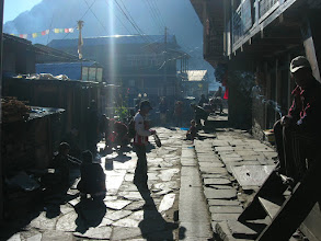 Photo: The streets of Chame (2670 metres)