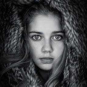 by Pierre Vee - Black & White Portraits & People