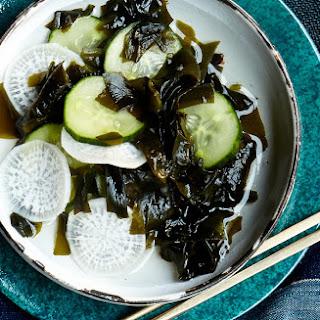 Wakame-Cucumber Salad
