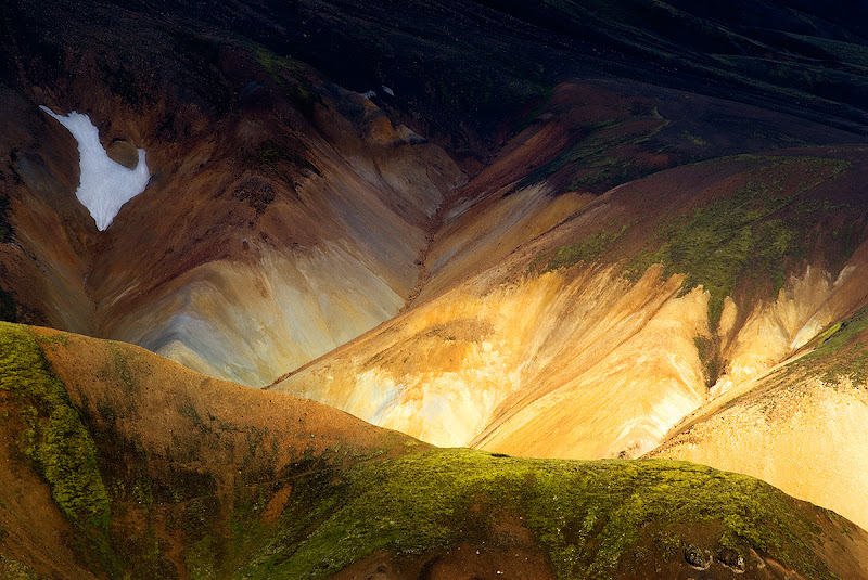 Photo: Another day and another nature abstract from me! This one is from Iceland and was shot with the longest lens I had with me on this trip. Don't you just love the long lens compression effect? Hope you guys like it.  #PlusPhotoExtract #photography #potd #FineArtPls #MountainMonday #NatureMonday