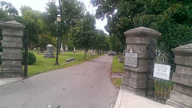 Photo: Nashville City Cemetery - didn't get to go to the Living History Tour today, but I will be coming back later. Still haven't been here.