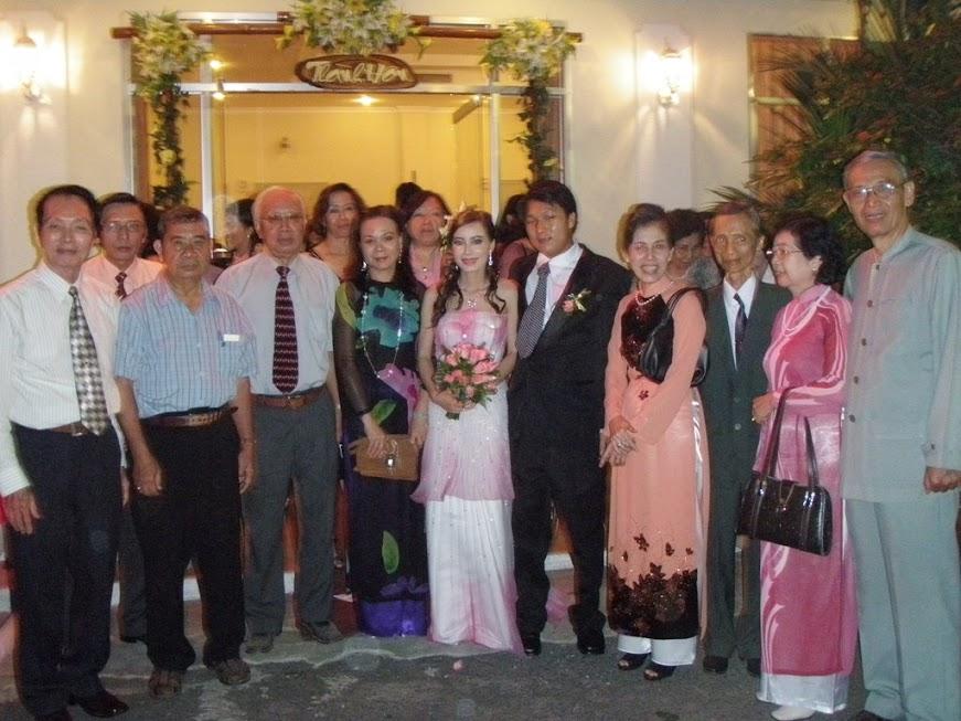 Gs Nguyễn Ngọc Trác tại đám cưới của con gái GS Bùi Văn Nhự
