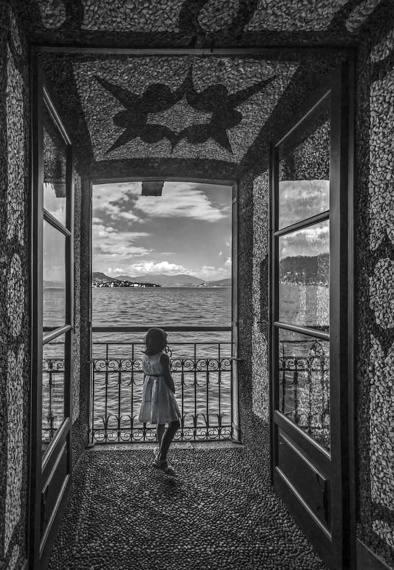 Guardando il lago di Livius
