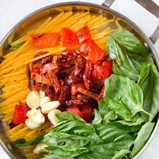 Pasta with Roasted Red Peppers, Sun-Dried Tomatoes & Brie