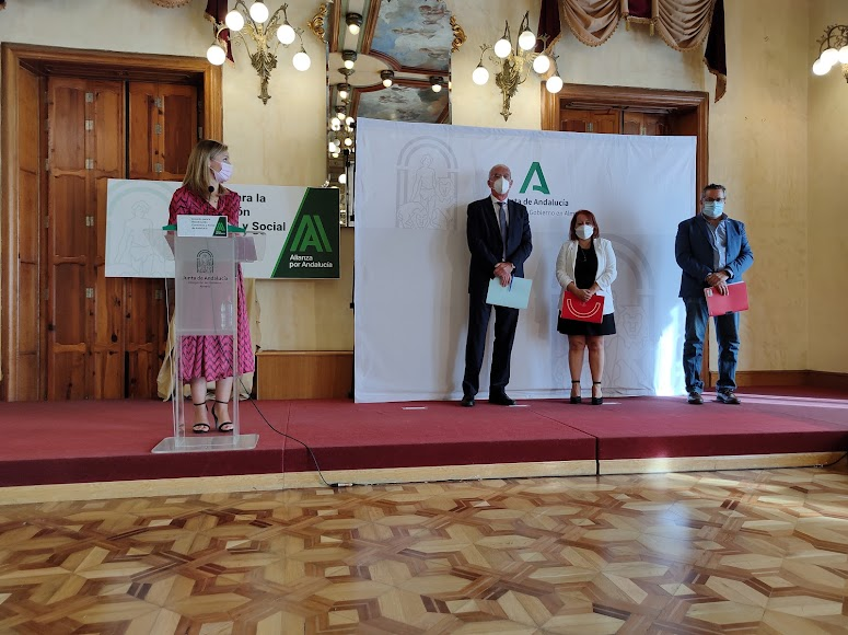 Presentación en Almería del Acuerdo para la Reactivación Económica y Social en Andalucía,