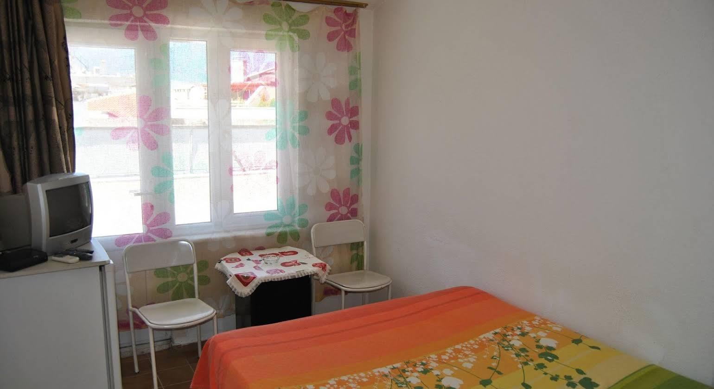 Set Motel