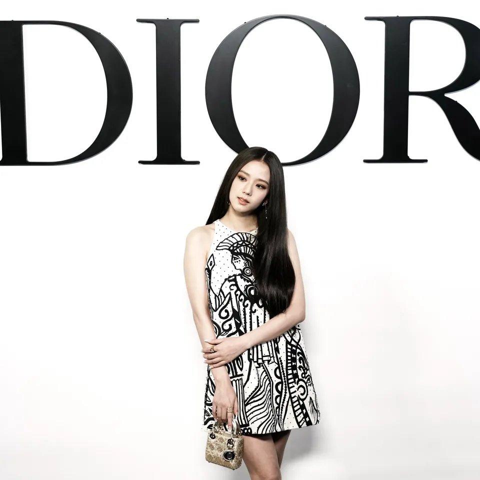 jisoo dior dress