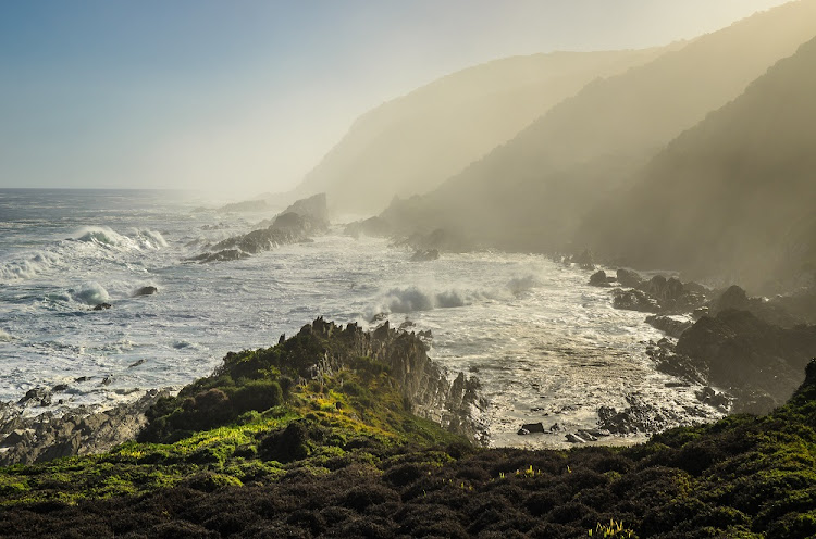 Tsitsikamma national park, Indian ocean waves and mist. South Africa, Garden Route, Eastern Cape.