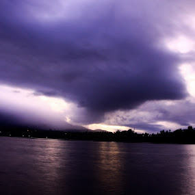 Dramatic!! by Siddharth Kakade - Landscapes Cloud Formations