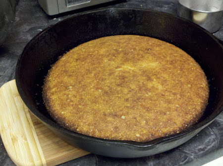 Old Fashioned Southern Cornbread Recipe