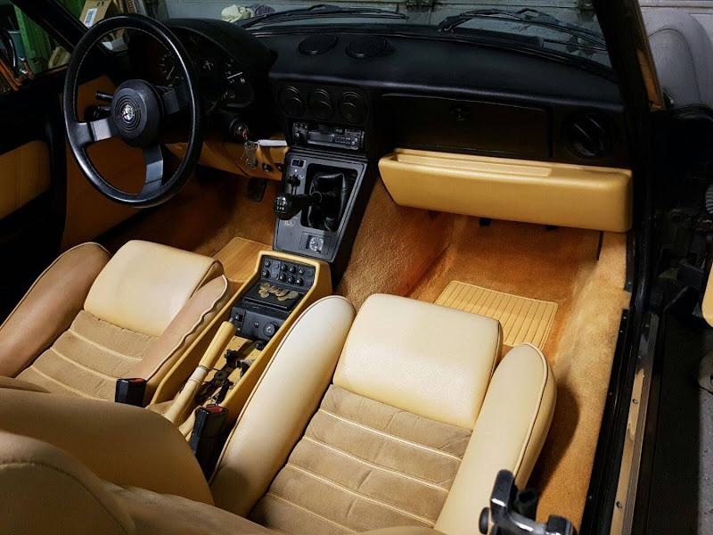 Alfa Romeo Spider - 1987