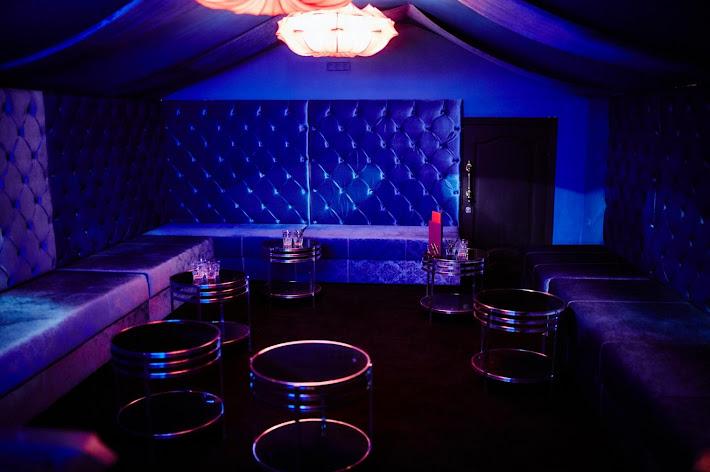 Фото №2 зала Караоке-комната на 30 человек