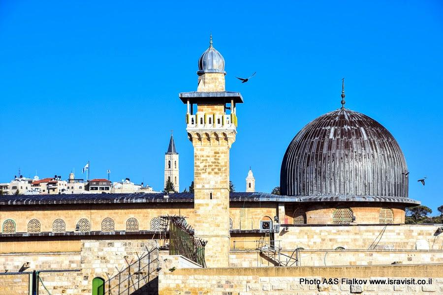 Купола мечети Аль-Акса.