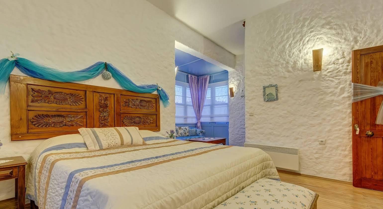 Lale Lodge Hotel