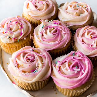 Two-Toned Frosting Roses.