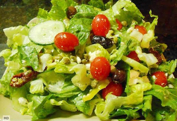 Romaine Lettuce, Tomatoes, Cucumber, Olives, Pepperoncini, Capers, Feta Cheese, Lemon, Olive Oil And Seasonings Mixed To Delicious Perfection!