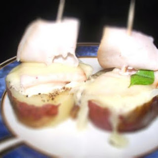 "Easy 30 Minute Ready Potato ""sails"" With Turkey Ham, Onion And Cheese"