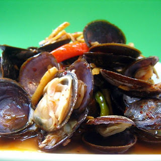 Stir-fried Savory Clams